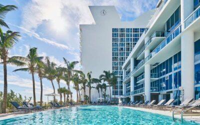 FSA Mix & Mingle Holiday Event at the Carillon Miami Wellness Resort